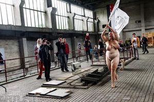 Dívčí nahé galerie